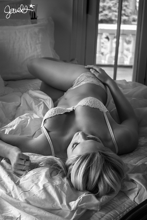 boudoir photographer denver