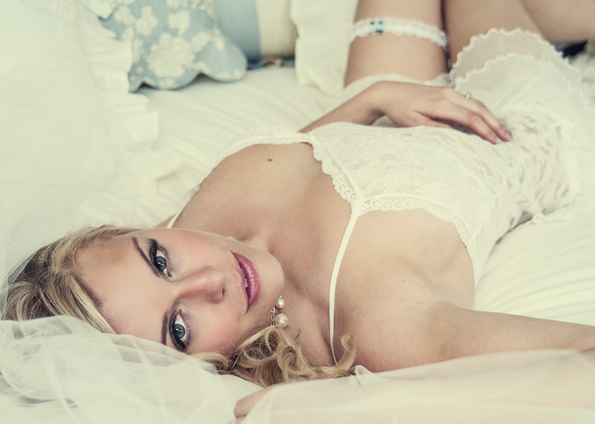 Denver glamour boudoir portrait photographer glamour mini sessions