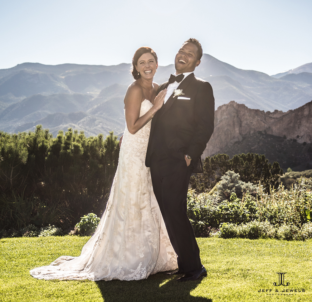 Colorado Springs wedding photographer outdoors