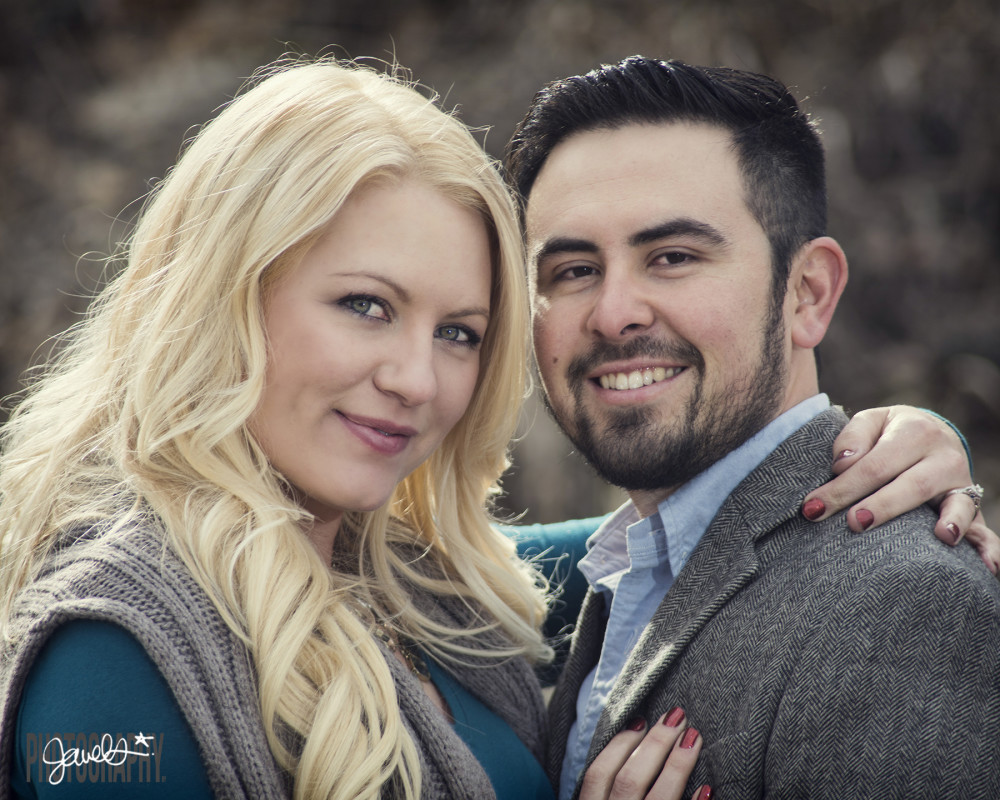 candid colorado engagement photographer