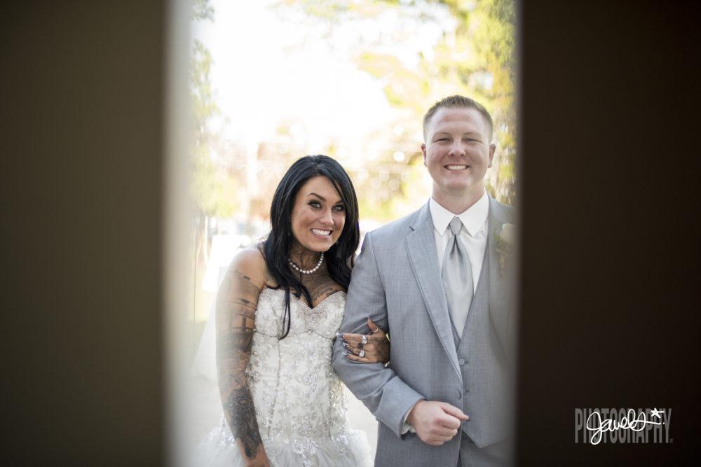 denver bride and groom photos barn at raccoon creek