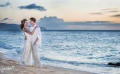 destination wedding photographer oahu