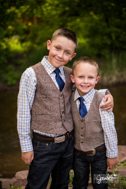 farm wedding ring bearers