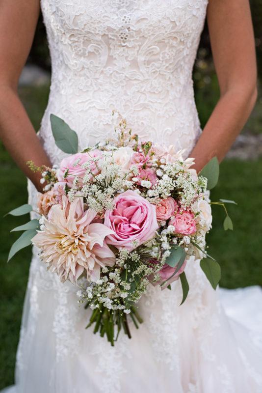 colorado wedding florist bouquet