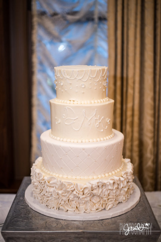 colorado wedding cake