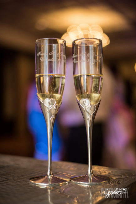 colorado wedding champagne flutes