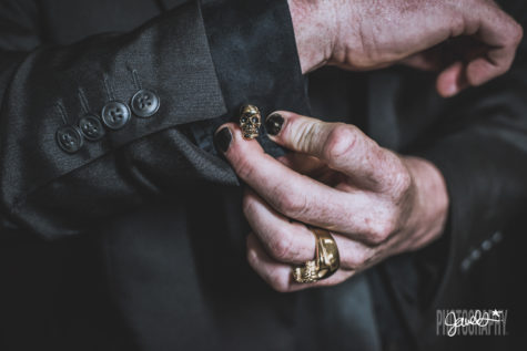 gothic groom details black and gold skull cufflinks